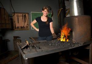 Leslie Tharpe, Blacksmith, GNV, FL 2013